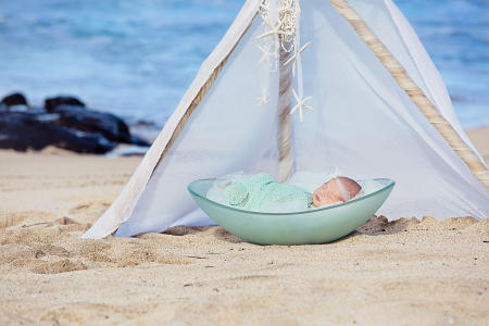 28 Oahu Hawaii newborn photography beach