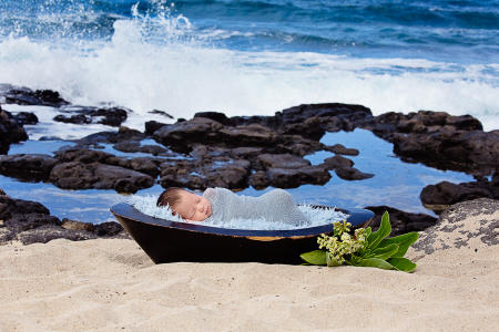 12 Oahu Hawaii newborn photography beach