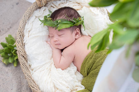 9 Oahu Hawaii newborn photography beach