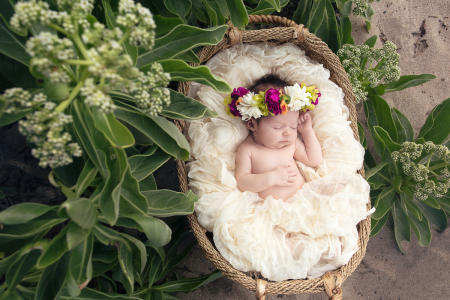 2 Oahu Hawaii newborn photography beach