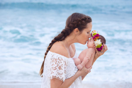 3 Oahu Hawaii newborn photography beach
